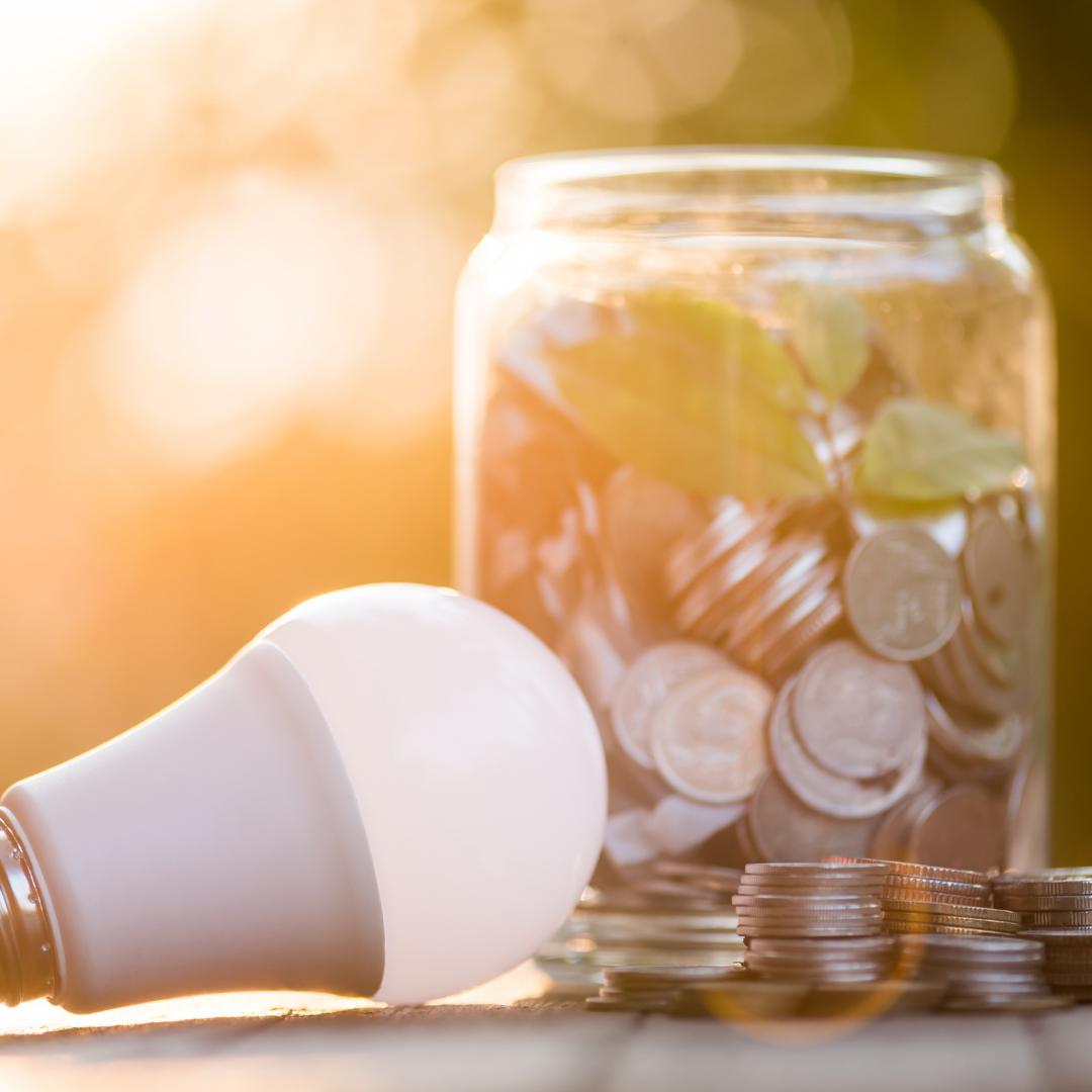 risparmiare bollette luce e gas
